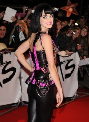 event-ct-katy_perry-RND03004.jpg