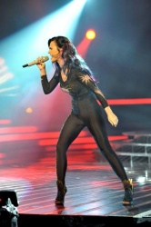 event-ct-katy_perry-blackunitard-003.jpg